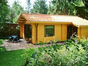 Rent a 4-person Scandinavian bungalow